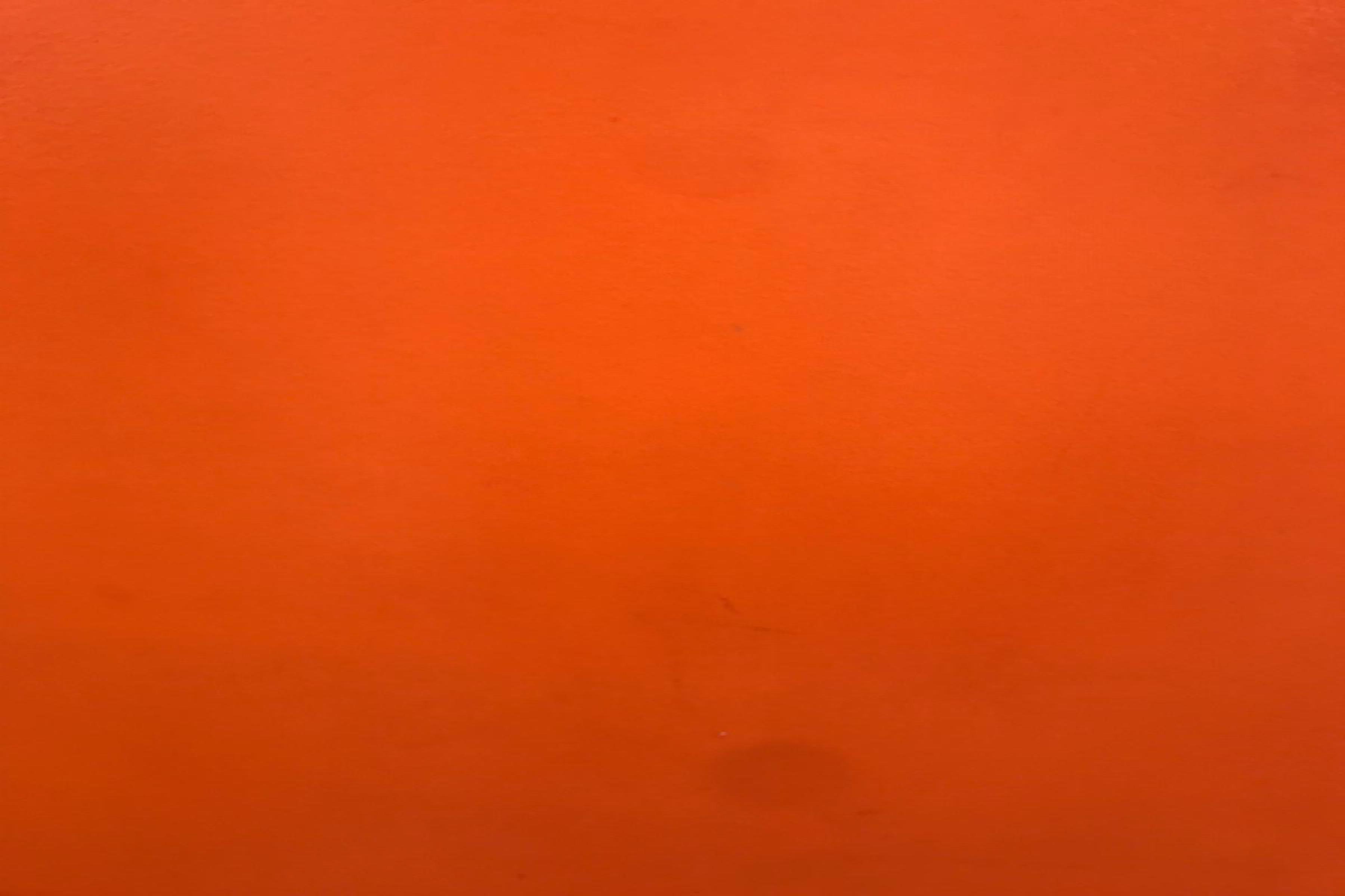 oranža krāsa